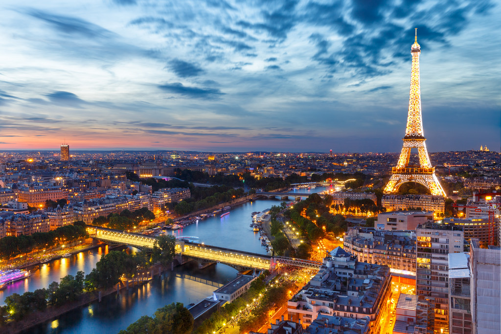 Does paris have it what it takes to replace london as for Photo de paris